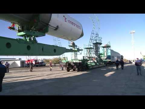 Вывоз РКН Союз-У с ТГК Прогресс М-29М