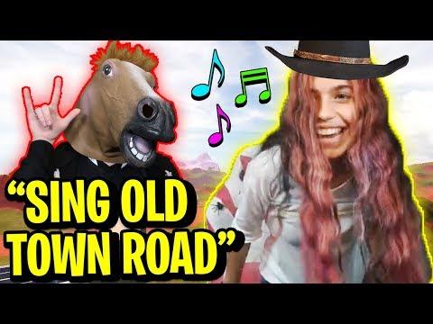 Making LISBOKATE Sing OLD TOWN ROAD... (Straw vs HelloItsVG vs MyUsernamesThis)   Roblox Jailbreak