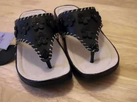 SIZE 5 LADIES LEATHER GLUV SHOES SANDALS HALF PRICE !!