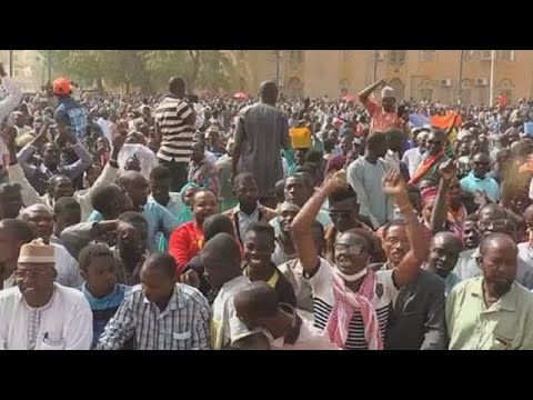 Protesters in Niger kick against ''anti-social '' finance law