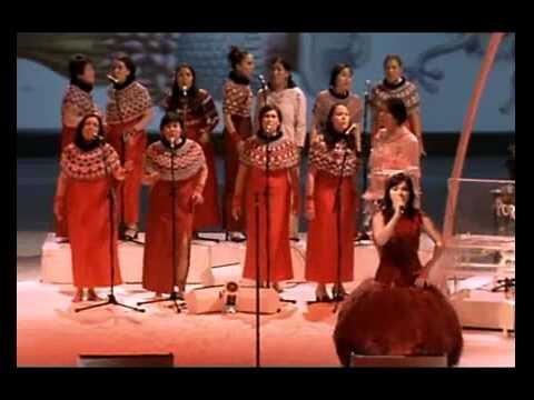 Björk - Isobel - Live Performance - Subtítulos Español - V L R O H - 07 / 12 / 2001