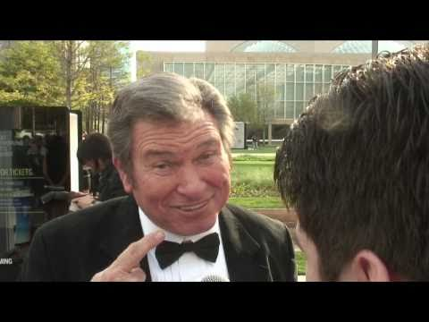 Red carpet interview with Burton Gilliam