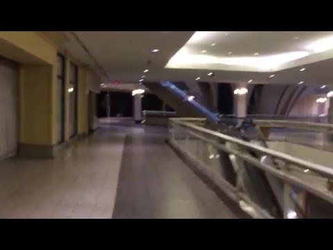 Dead White Flint Mall in Bethesda, MD **Now Demolished**