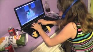 Gamer Girl ( Funny Vine )