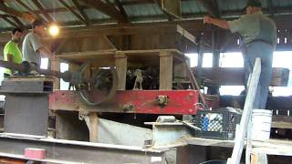 Middlecreek Valley Antique Manchinery Assoc. Working The Sawmill