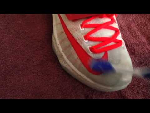How to clean the mesh on shoes