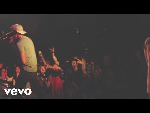 Clark Manson - Drinkin' (Official Live Video)