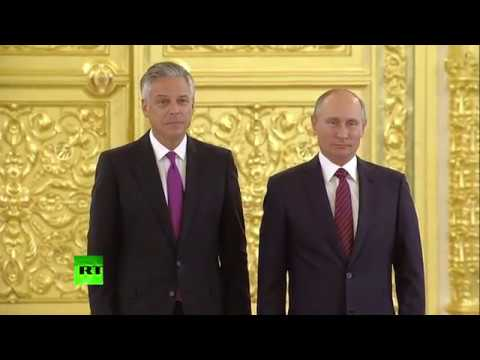 New US ambassador to Russia presents credentials to Putin in the Kremlin