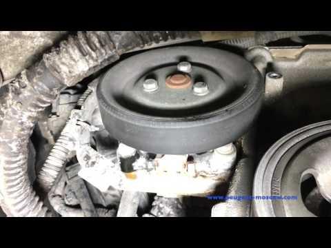 Замена помпы Citroen DS3, двигатель EP6