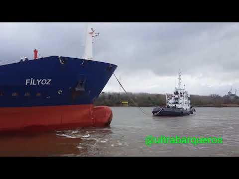Bunkering Tanker FÌLYOZ //Harbour Tugs LUCIANO B & JOSE B //