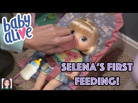 Baby Alive Selena's First Feeding!