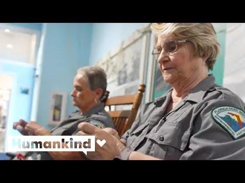 'Recycling Grannies' turn trash into treasure   Humankind