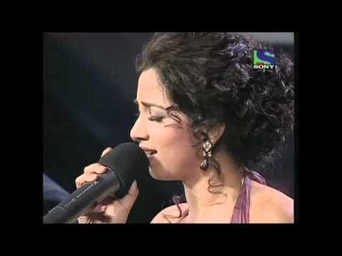 X Factor India - Shreya Ghoshal's splendid Dar Lage Garje Badariya- X Factor India - Episode 18 - 15th Jul 2011