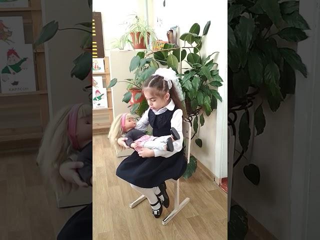 Изображение предпросмотра прочтения – ДианаФилипишина читает отрывок изпроизведения «Баю-баюшки-баю» (Русский фольклор )