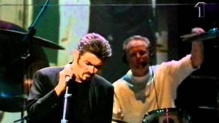 Скачать George Michael The Long And Winding Road Live Royal Albert Hall 1999