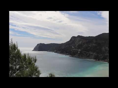 Patrick Fiori - Chez nous (Plan d'Aou, Air Bel) (Clip officiel) from YouTube · Duration:  4 minutes 18 seconds
