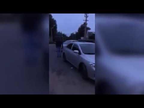 Пьяная женщина давит толпу, Бежецк