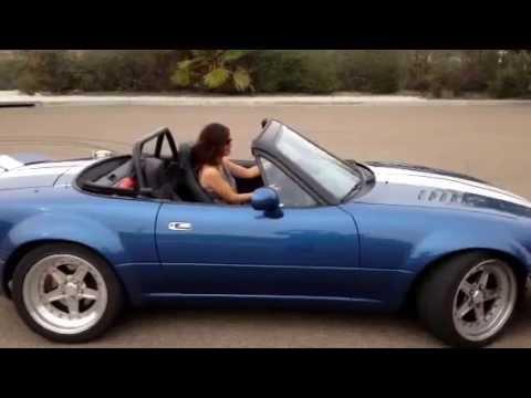 Shelley Has Fun In Her V8 Monster Miata Youtube