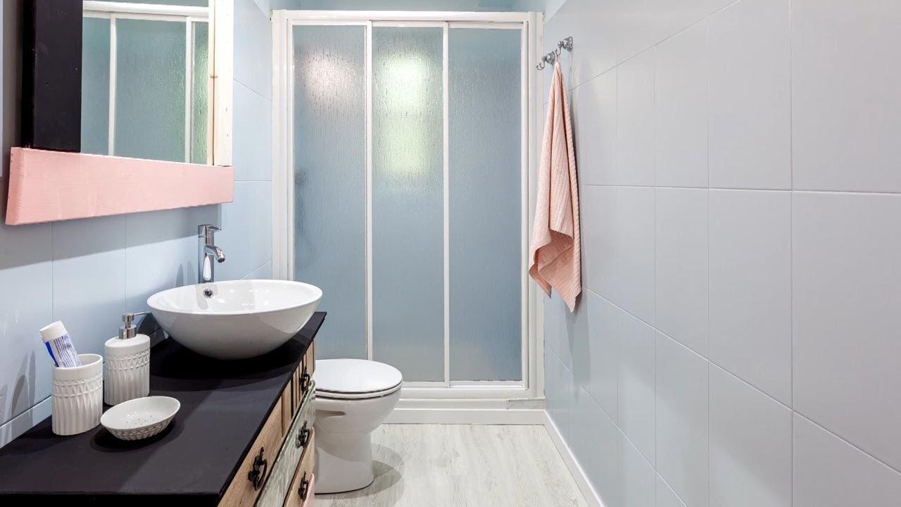 Cuarto de baño PEQUEÑO y sencillo con mueble MUY ORIGINAL ...