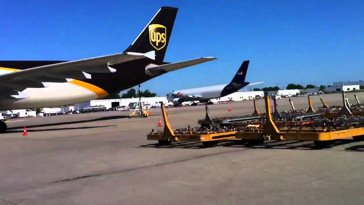A310 Ups And Fedex Airplane Loading Youtube