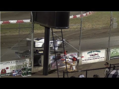Willamette Speedway- Flagman vs.Driver 2018