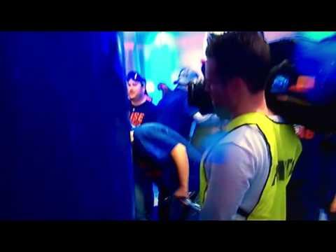 10/22/16 Eddie Vedder Celebrates with Pennant Winning Chicago Cubs