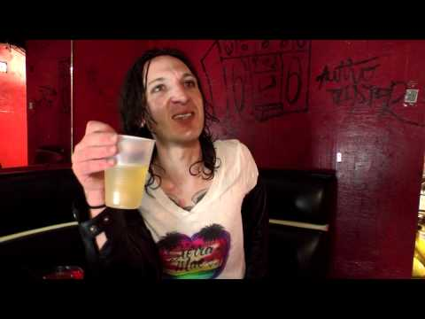 Getting to know Mickey Avalon 2011
