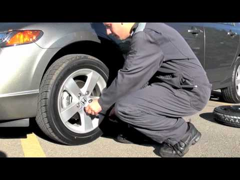 How To Change A Flat Tire How To Video From Honda West Youtube