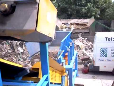 Twin Motor Drive Vibrating Feeder Handling Recycled Building Waste - Applied Vibration Ltd