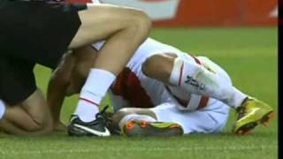 Kevin Muscat red card against Melbourne Heart thumbnail