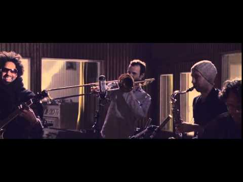 Jazzanova - Let Me Show Ya (Funkhaus Sessions) (Official Video)