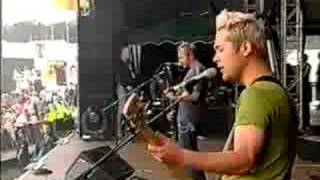 Feeder - Seven Days In The Sun (T In The Park 2001)