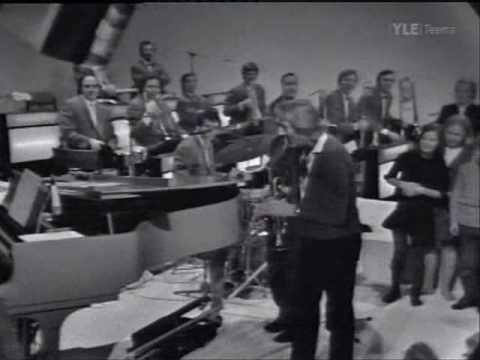 Danny Kaye ja Koivistolaiset - Kulkuset/Jingle Bells
