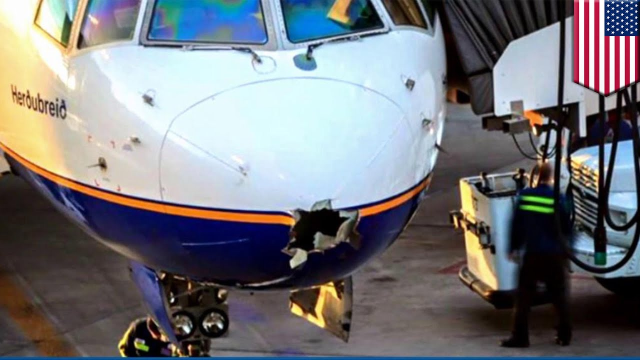 Plane struck by lighting Icelandair flight hit by lightning mid-air leaving massive hole - YouTube & Plane struck by lighting: Icelandair flight hit by lightning mid ... azcodes.com