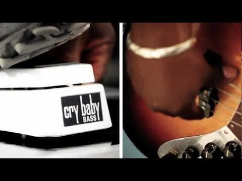 105Q Cry Baby Bass Wah