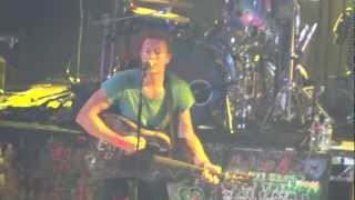 "Coldplay @KROQ Weenie Roast 2012 ""Yellow"""