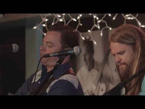 The Northern Beauties - Heartache - Live at the Bluebird Cafe