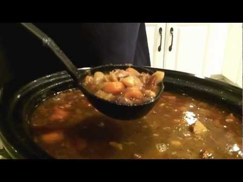 15 Bean Soup. Cook Your Spicy Bean Soup In A Crockpot And Hit The Beach! .mp4
