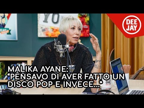 "Malika Ayane presenta il nuovo album ""Domino"" a Radio Deejay"