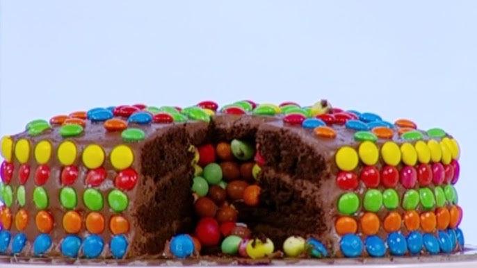 ايمان عماري تحضر كيك الشوكولاتة بحشوة حبوب الشوكولاتة الملونة Youtube