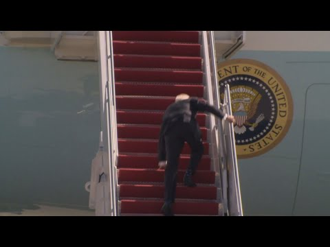 Biden 'doing fine' after stumbling once, twice, thrice on steps of Air ...