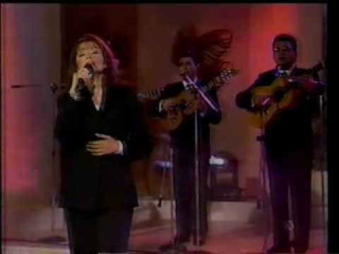 Lupita Pineda y el Trio Flores,Martinez,Gil - Un s...