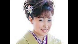 秋山涼子 - 友禅菊
