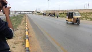 Karachi highway racing