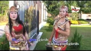 "Lagu Daerah - Dayak Bumate ""Pungirih"" Resty"