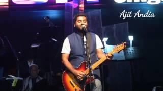 Gambar cover arjit singh live performance .Hamdard song