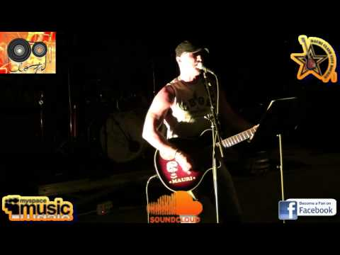 Watching The Detectives (Elvis Costello) - Mauri Clash LIVE@LO-FI Milano