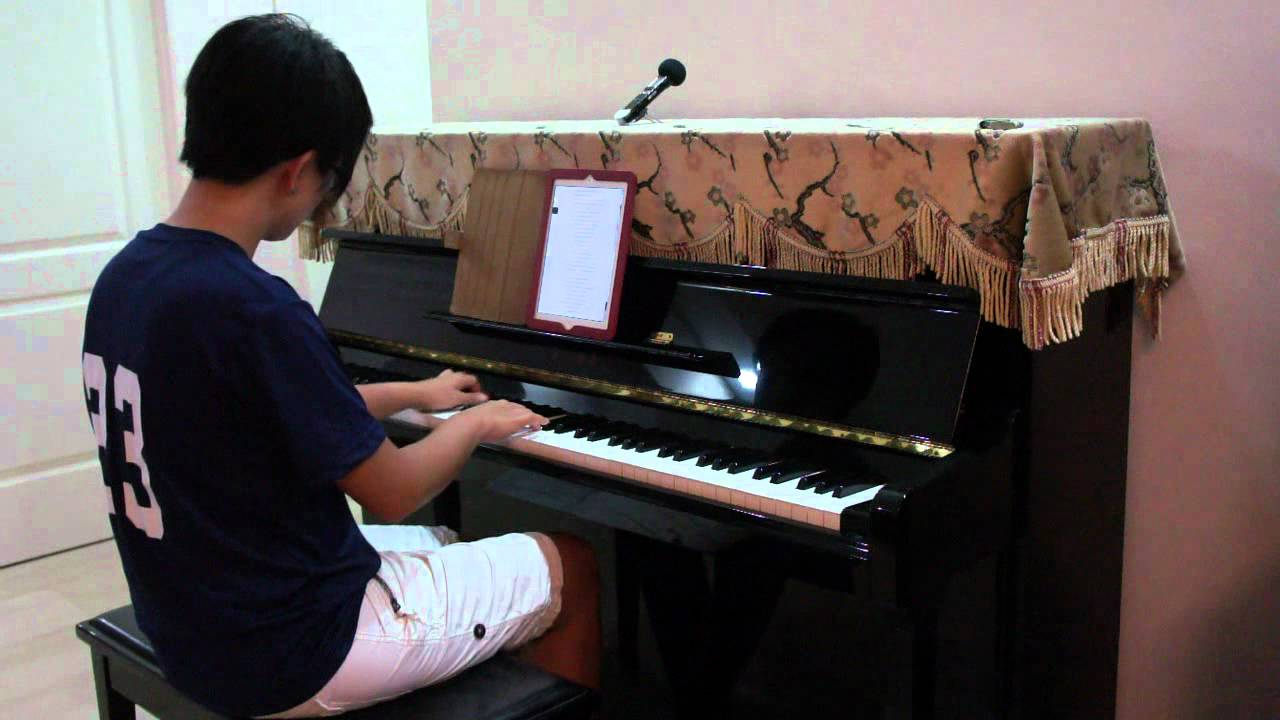 Adam Lambert Never Close our Eyes Piano Cover by Claire Low (GlambertPianist)
