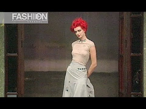 VIVIENNE WESTWOOD Spring Summer 1996 Paris - Fashion Channel