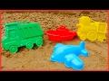 #bebekoyunları - Kum havuzda eğleniyoruz. Kumdan kamyon, tren ve uçak yapıyoruz - yaz oyunları!